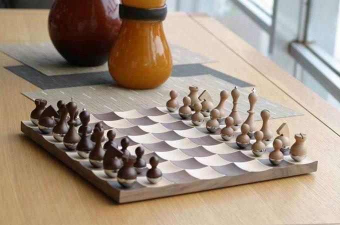 Medium_qzsw49klqoh5girgtwplkxlpheiaf6hx6yjkj9aqo_chessset