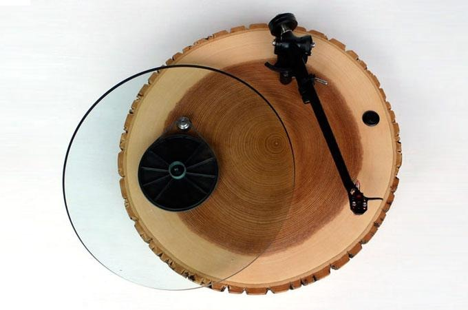Medium_barky-wooden-turntable