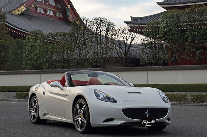 Medium_ferrari-california-30-giappone-1