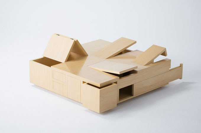 Medium_secret-compartments-kai-table-by-naoki-hirakoso-and-takmitsu-kitahara-1