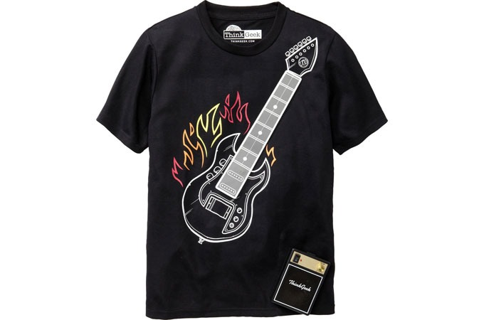 Medium_electronic-guitar-tee-t-shirt-think-geek-thinkgeek-1