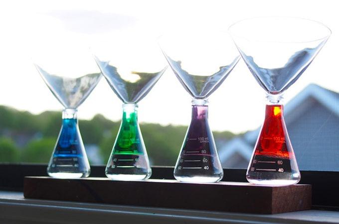 Medium_periodic-tableware-1