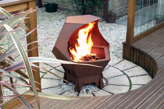 Medium_decahedron-fire-pit-1