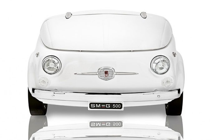 Medium_fiat-smeg-500-mini-fridge-1