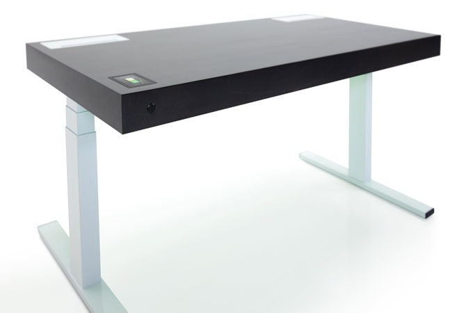 Medium_9g6zcob69cqeuihmuvt1kocnse0x7broktpboa4io8_stir-kinetic-desk