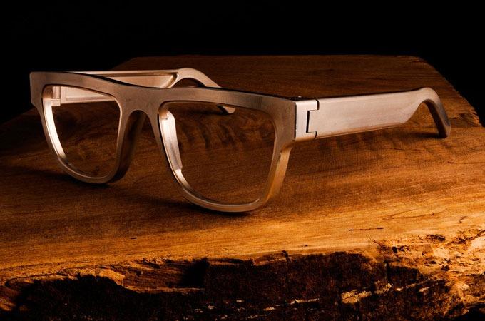 Medium_voio7nidq0f0fkpeptzd9q5ummys8aitm8nxvtnxwne_exovault-eyeglasses